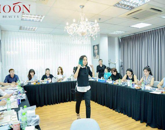 moonbeauty.com_.vn-master-nghi-nguyen-lam-dep-chan-may-moon-eyebrows-eyelashes-nails-159