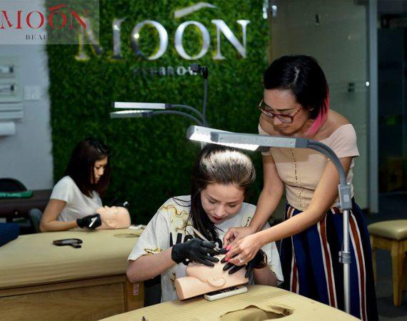 moonbeauty.com_.vn-master-nghi-nguyen-lam-dep-chan-may-moon-eyebrows-eyelashes-nails-94